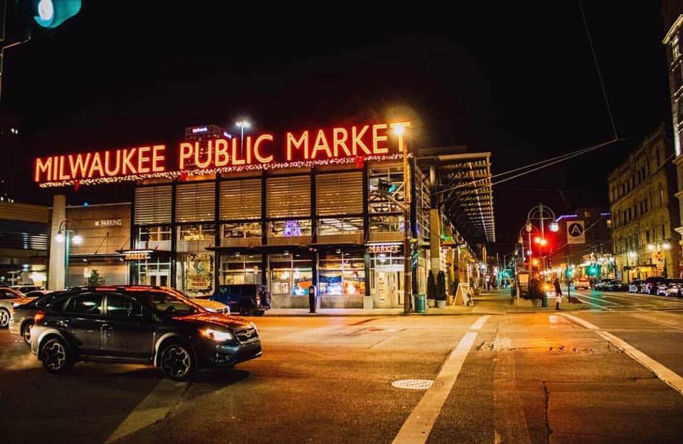 milwaukee public market exterior at night